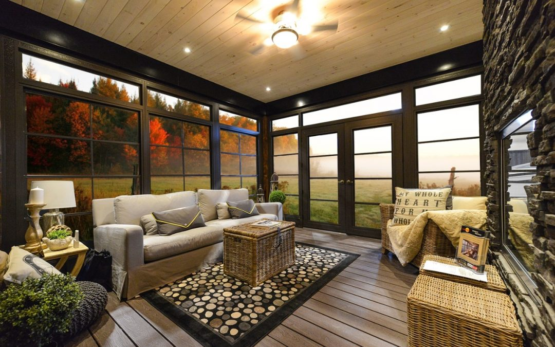 Glass or Vinyl For Your Screened In Porch Windows?